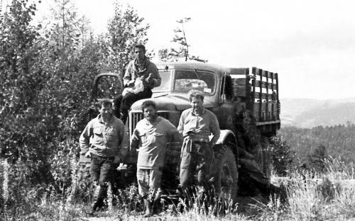 Ушман, 1986. Бугры Ю. Кулыгин, В. Вершков, В. Гилев и я